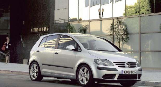 Volkswagen-Golf_Plus_2005_1024x768_wallpaper_05