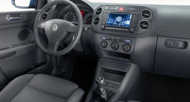 Volkswagen-Golf_Plus_2005_1024x768_wallpaper_55