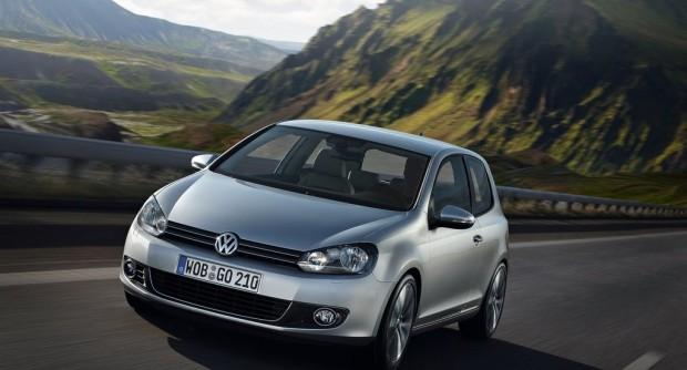 Volkswagen-Golf_2009_1024x768_wallpaper_07