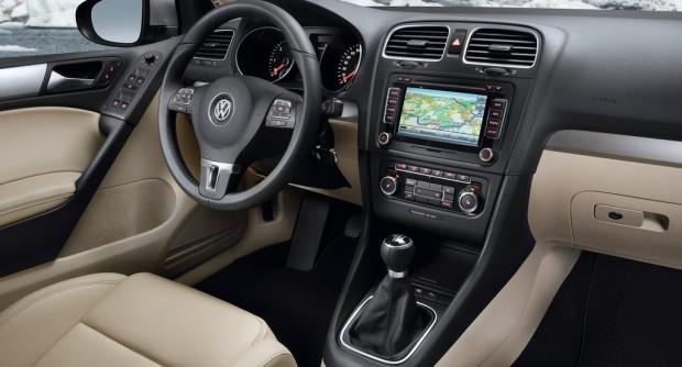Volkswagen-Golf_2009_1024x768_wallpaper_7f